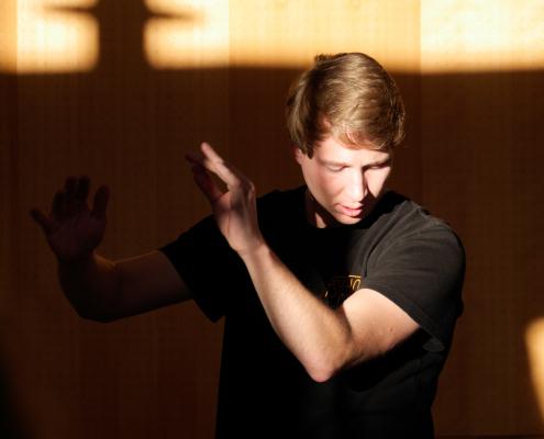 Chorleiter Maximilian Loerzer (Foto: Antonia Eisele)